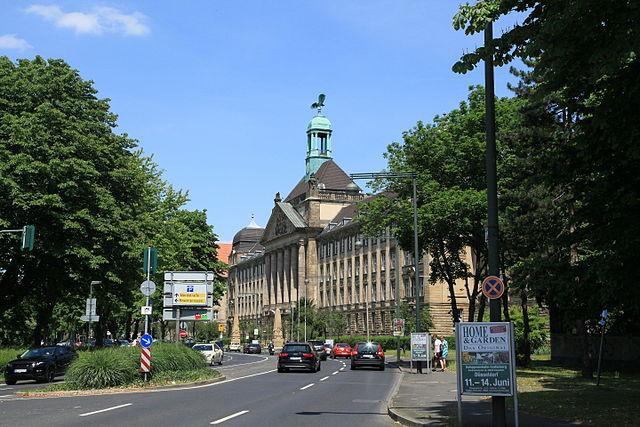 Foto: Bezirksregierung Düsseldorf von Frank Vincentz, wikimedia
