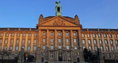 Foto: Bezirksregierung Düsseldorf Cecilienallee frontview von A. Savin CC-BY-SA 3.0, wikimedia