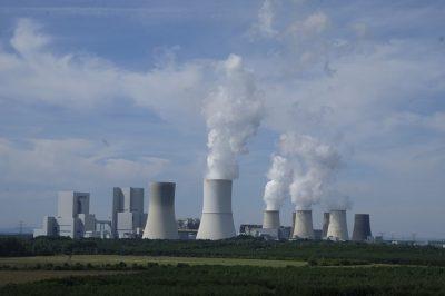 Foto: Industriekraftwerk von Bruno Glätsch, pixabay